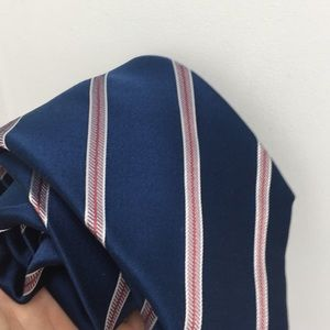 🌀Blue Striped Brioni Men's 💯% Silk Tie 👔🌀